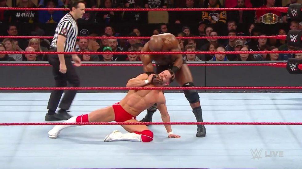 Bobby Lashely nuevo campeón Intercontinental en WWE RAW. Descubre como ha sido el transcurso del combate, que corona nuevo campeón.