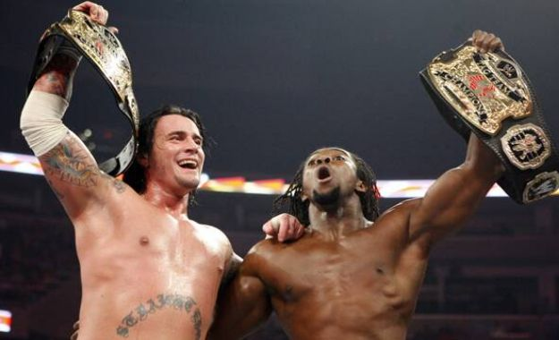 ▷ CM Punk reacciona al título Mundial de Kofi Kingston ...