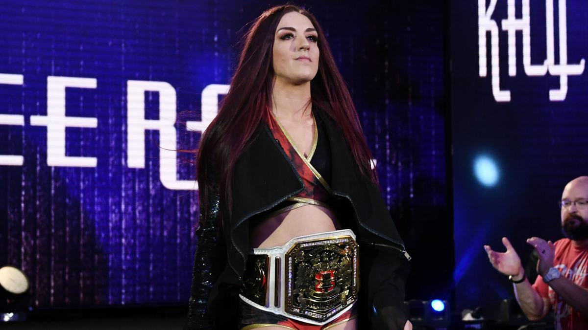 ▷ Kay Lee Ray quiere enfrentarse a Becky Lynch • TurnHeelWrestling