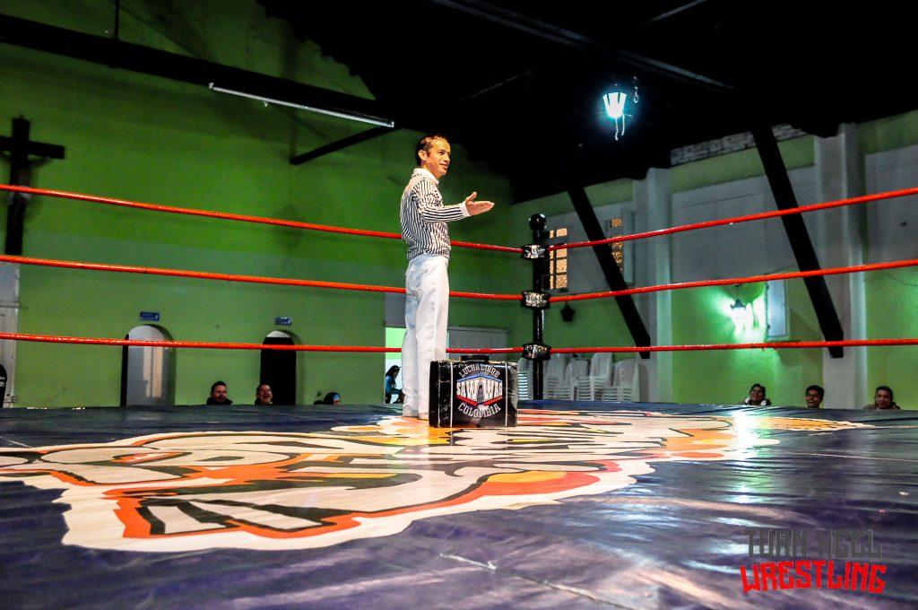 "Lucha libre colombiana: TurnHeelWrestling entrevista al arbitro César ""Pirobo"" Franco"