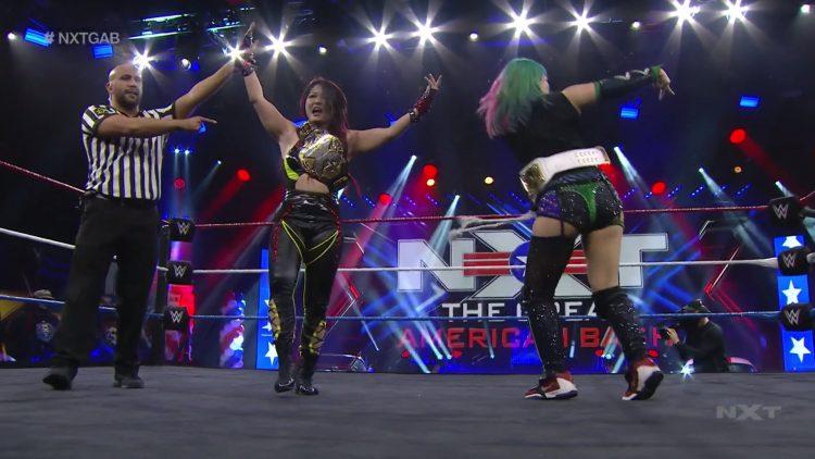 Io Shirai derrota a Sasha Banks en The Great American Bash