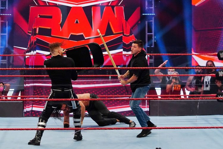 Seth Rollins se enfrentará a Dominik Mysterio en SummerSlam 2020